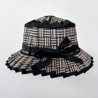 <img class='new_mark_img1' src='https://img.shop-pro.jp/img/new/icons14.gif' style='border:none;display:inline;margin:0px;padding:0px;width:auto;' />Lorna Murray  KIDS MAYFAIR HAT /black bamboo