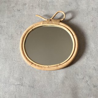 <img class='new_mark_img1' src='https://img.shop-pro.jp/img/new/icons14.gif' style='border:none;display:inline;margin:0px;padding:0px;width:auto;' />入荷!Ratan  Apple mirror