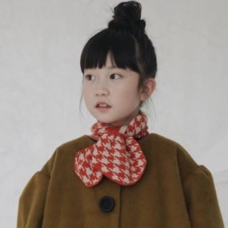 <img class='new_mark_img1' src='https://img.shop-pro.jp/img/new/icons14.gif' style='border:none;display:inline;margin:0px;padding:0px;width:auto;' />Meskidsdesfleurs  Cashmire scarf  (red)