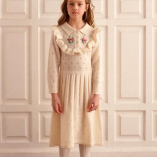<img class='new_mark_img1' src='https://img.shop-pro.jp/img/new/icons14.gif' style='border:none;display:inline;margin:0px;padding:0px;width:auto;' />Fish &kids   Cream Ruffles  Flower KNITTED DRESS