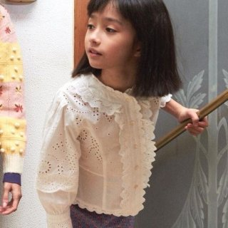 <img class='new_mark_img1' src='https://img.shop-pro.jp/img/new/icons14.gif' style='border:none;display:inline;margin:0px;padding:0px;width:auto;' />Fish &kids  White Vintage Lace Blouse