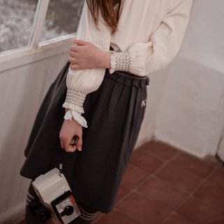 <img class='new_mark_img1' src='https://img.shop-pro.jp/img/new/icons14.gif' style='border:none;display:inline;margin:0px;padding:0px;width:auto;' />Smock waist Musuline Skirt  (grey)