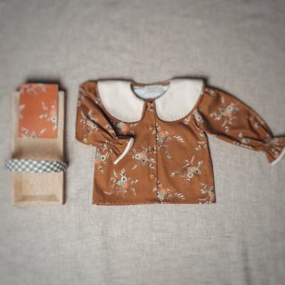 <img class='new_mark_img1' src='https://img.shop-pro.jp/img/new/icons14.gif' style='border:none;display:inline;margin:0px;padding:0px;width:auto;' />Brown Autumn Flower  collar blouse FROM SPAIN