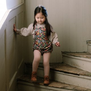 <img class='new_mark_img1' src='https://img.shop-pro.jp/img/new/icons14.gif' style='border:none;display:inline;margin:0px;padding:0px;width:auto;' />NellieQuats  Jump Rope Romper(Heirloom  Liberty)