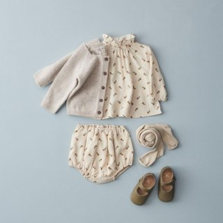 <img class='new_mark_img1' src='https://img.shop-pro.jp/img/new/icons14.gif' style='border:none;display:inline;margin:0px;padding:0px;width:auto;' />CARAMEL FOLSOM BLOUSE baby   (Tofee Ditsy flower)21AW