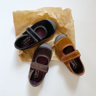 <img class='new_mark_img1' src='https://img.shop-pro.jp/img/new/icons14.gif' style='border:none;display:inline;margin:0px;padding:0px;width:auto;' />CIENTA Veloa  velcro one strap shoe (beige)(black)(brown)