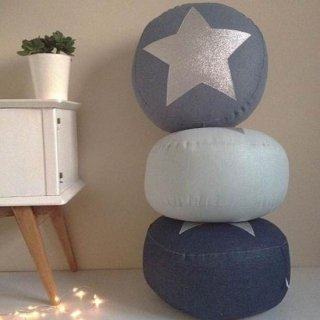 Creme Anglaise STAR PUFF bluegray/silver star